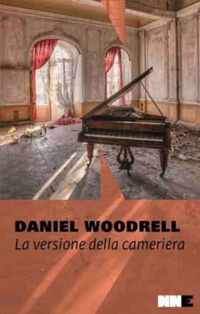 copertina di La versione della cameriera di Daniel Woodrell
