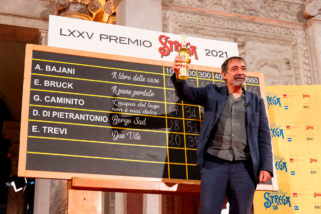 Premio Strega 2021 a Emanuele Trevi