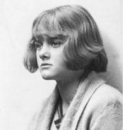 Uno sguardo su Daphne du Maurier: sulle tracce di Rebecca